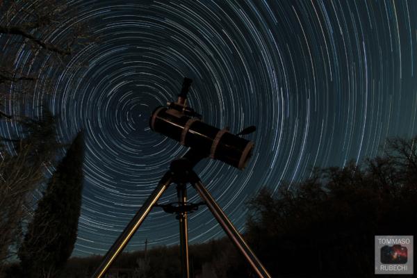 startrails con telescopio