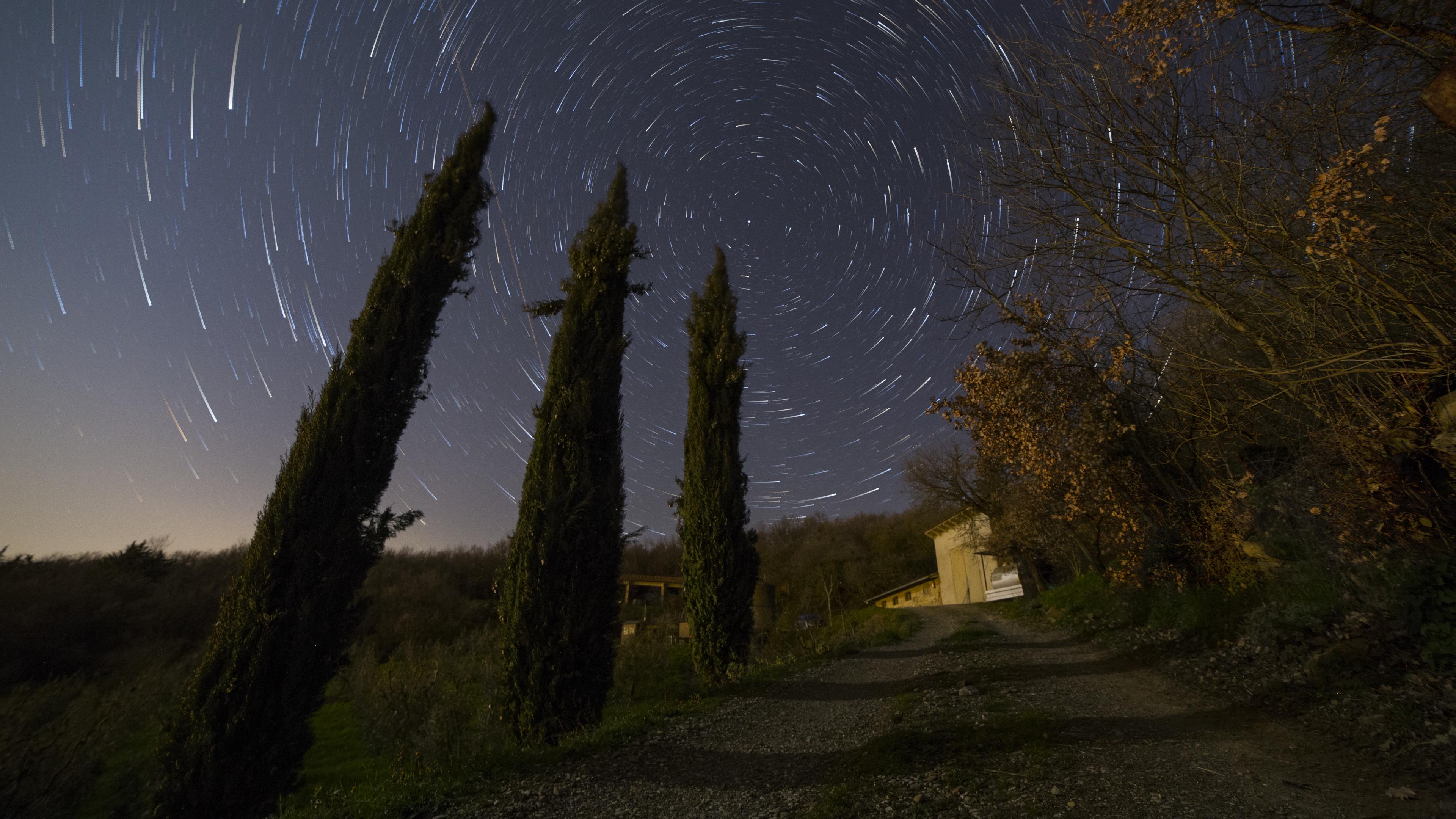 starstax